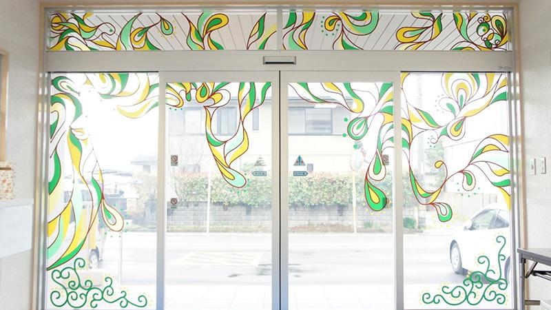 松前町北公民館·児童館のウインドウデザインが完成!